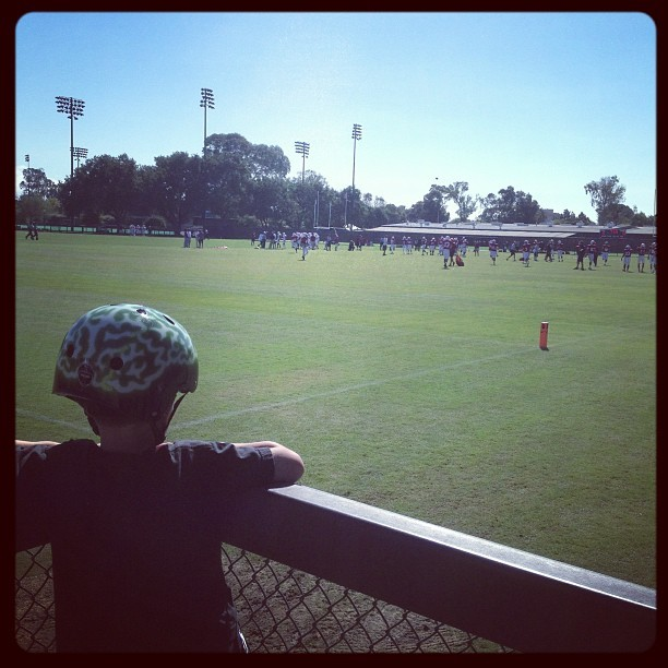 Watching Stanford Football practice.  (Taken with Instagram at Elliott Practice Fields)