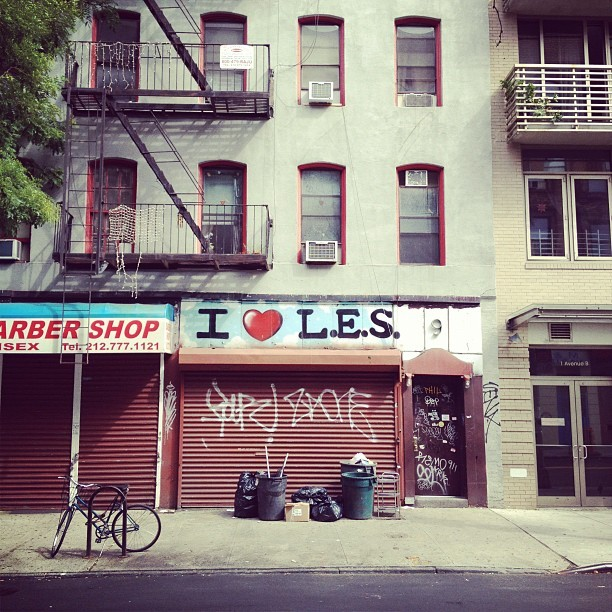 I really do love the#lowereastside #nyc #manhattan #newyorkcity #LES (Taken with Instagram at Lower East Side)