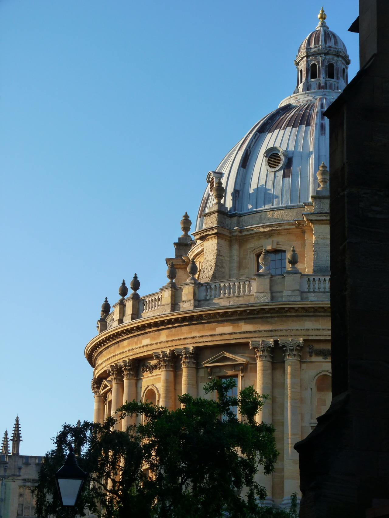Radcliffe Camera, The Bodleian Library, Oxford  Oh hey, it's my library!