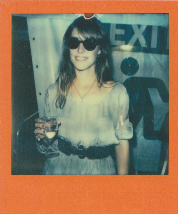 biskitfoo:  Feist at OYA Festival (via Gorilla vs. Bear)