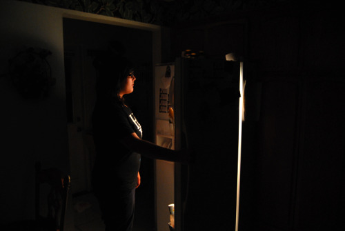 I just wanted to make a picture with the only light source from the fridge.