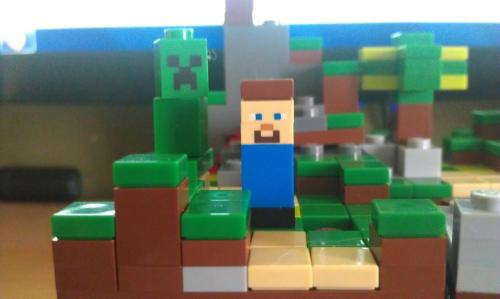andjoosmind:  Yo I'm playing Minecraft for REALS!
