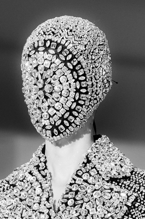 The Beauty Of Runway… No.30, Maison Martin Margiela Haute Couture, Autumn/Winter 2012. @MODNE| facebook.