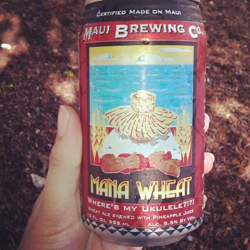 3twentysix:  #maui #brewing mana wheat (Taken with Instagram at Boneyard Drinkery)