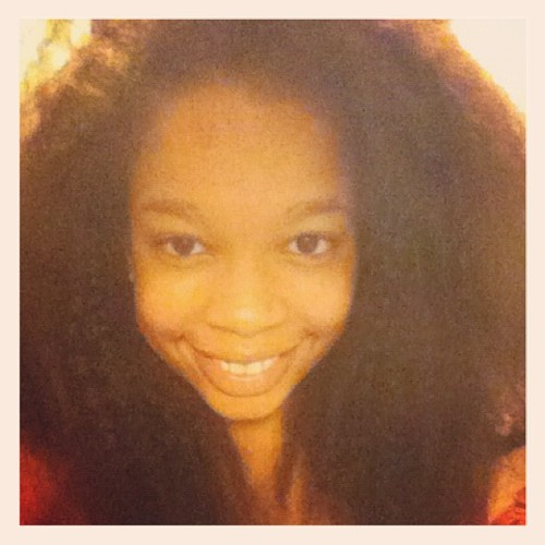 #my#afro#is#back#bigger#then#ever#african#girl#smile#beautiful#criola#angola#iphone#instamood#sexy#dark#eyes#white#blackinese#big#gothenburg#sweden#2012  (Taken with Instagram)