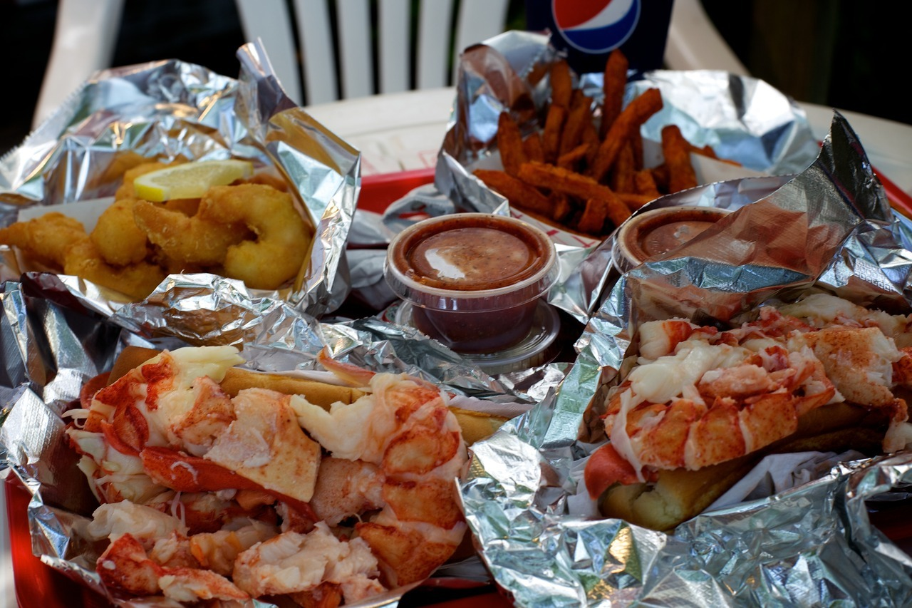 A week in Maine consisted of 5 lobster rolls, 3 lobster dinners, a lobster bake, a lobster pot pie, 2 lobster omlettes, 2 eggs benedict with lobster, and lobster ice cream.. LOBSTER ICE CREAM!