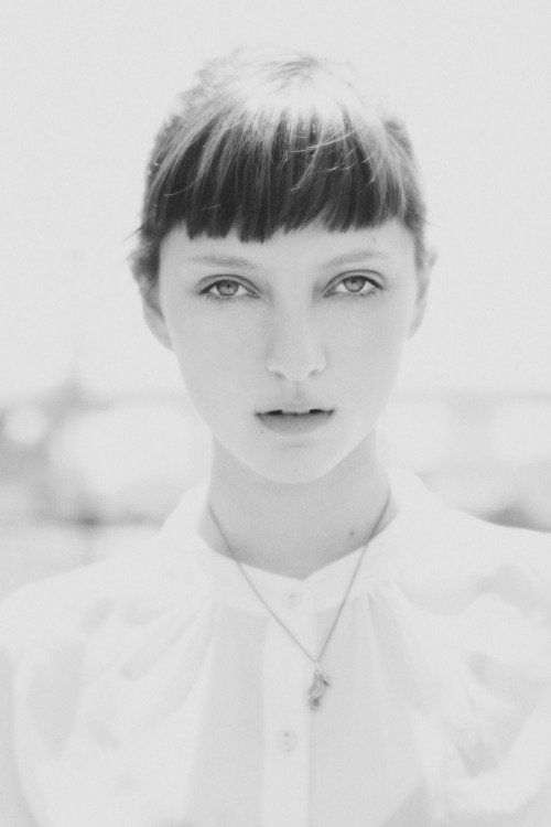 carlocalope:  sarah engelland @onemanagement by calope.