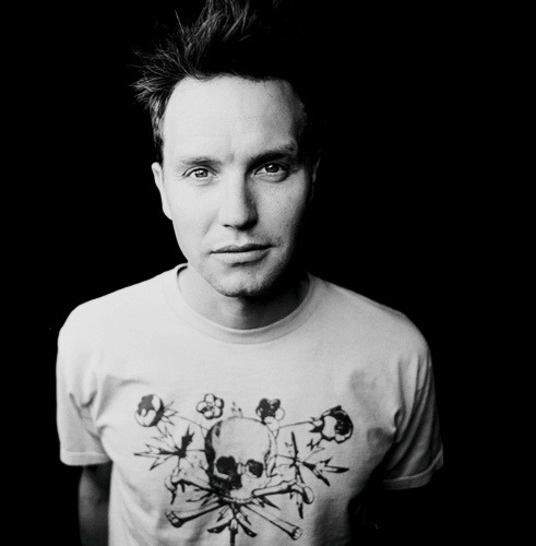 sxepunkrock13:  I love Blink 182,Mark Hoppus was always my favorite. =)