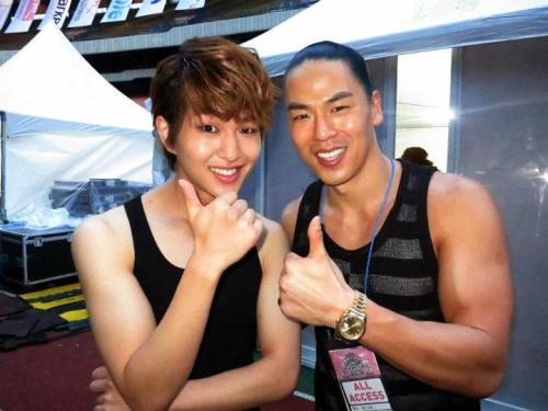 forevershiningshinee:  Sexy Cutie Leader Onew @ SMTOWN in Seoul Backstage 120818 Credit: Rich