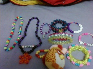 I got traded some awesome kandi this weekend :3!