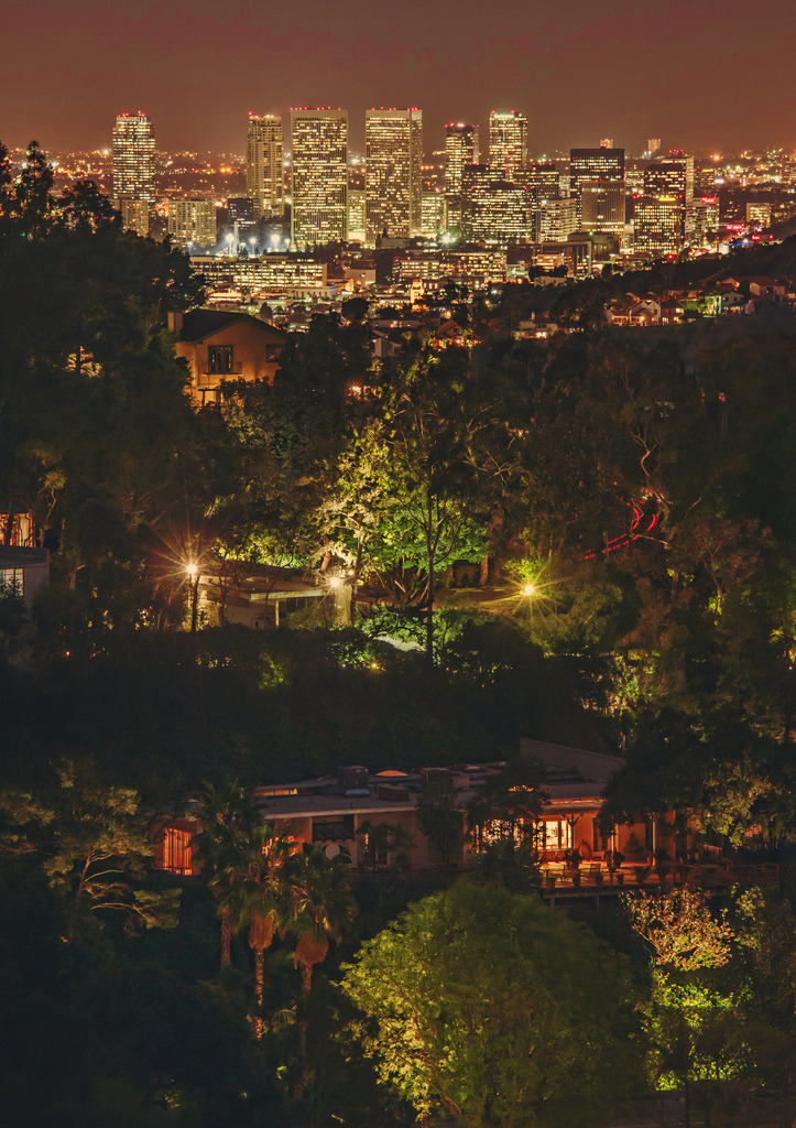 cornersoftheworld:  Los Angeles from the Hollywood Hills (by Stuck in Customs)