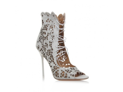 wantering:  Kurt Geiger Magdalena Pumps