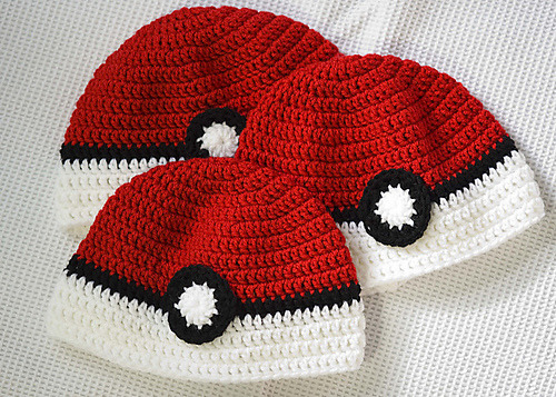 pokeball hats! pattern is oh, so free