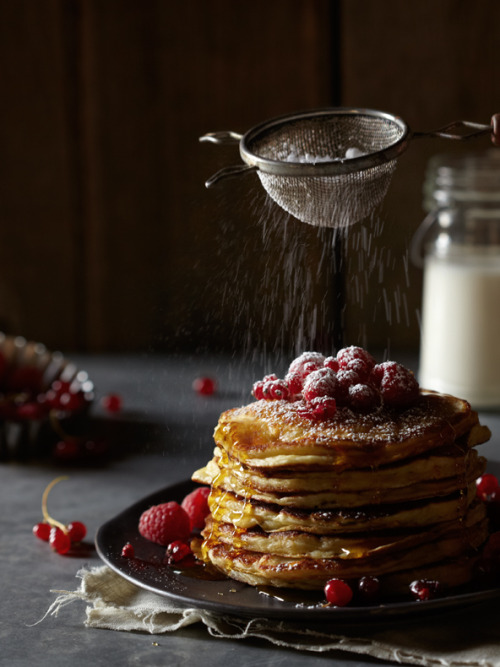 Late Summer Pancakes (with fresh berries)