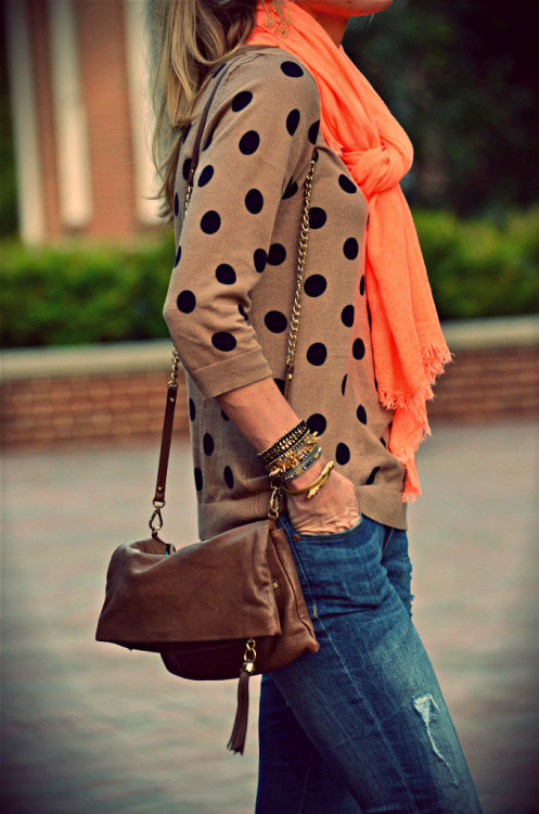 Stella & Dot accessorizing polka dots ~ oh, the irony. (happilygrey.com)