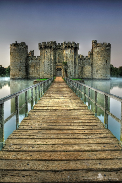 """Bodiam Castle"" by Jon Sargisson"