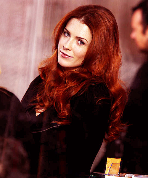 lady-blackfish:  [10/25] ♕ Bridget Regan