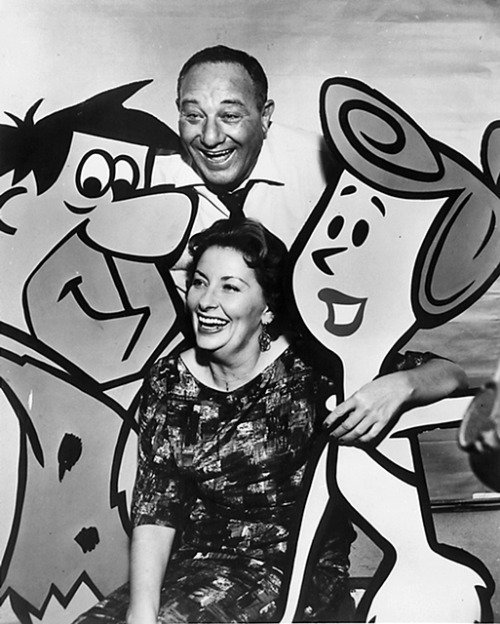 Today is the birthday of Alan Reed (b. 1907–d. 1977), the blustery actor who worked in films, radio and television but who is best remembered as the original voice of Fred Flintstone. Here he is seen with Jean Vander Pyl, the original voice of Wilma Flintstone.
