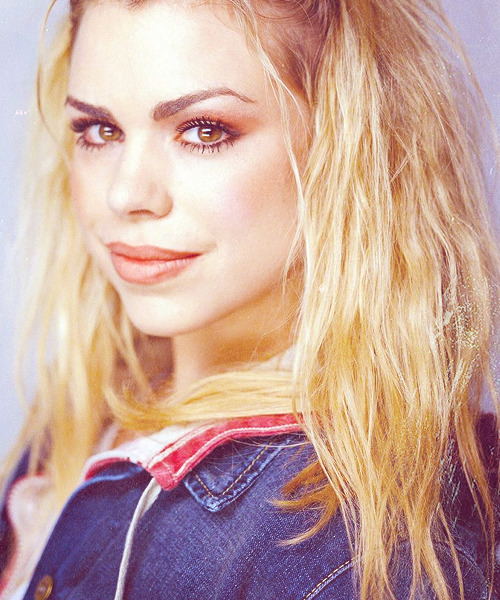 fangirl challenge: [10] female characters : 03/10 → Rose Tyler (Doctor Who)
