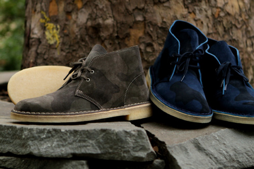bluebroguesandrosetintedglasses:  Clarks Originals - AW12 Camo Collection   I want these way too bad.