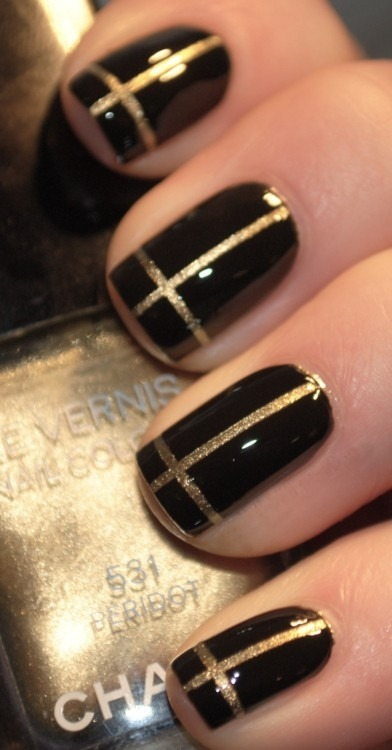 I am crushing on these nails so bad right now!