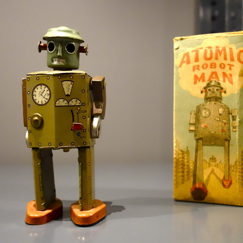 Atomic Man Robot