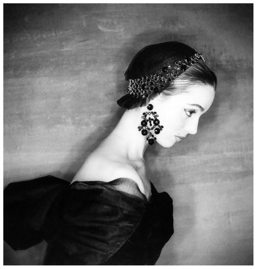 Elsa Martinelli wearing Givenchy photography by Clifford Coffin 1954