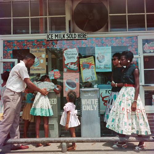 thechanelmuse:  Segregated water fountain in Mobile, Alabama (Gordon Parks, 1956)