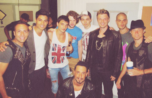 twisted4nkotb:  Backstreet Boys & The Wanted ;)