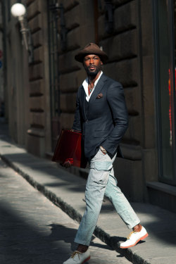 stylishmorning:  (via DEVON SCOTT | Citizen Couture)  my handsome.