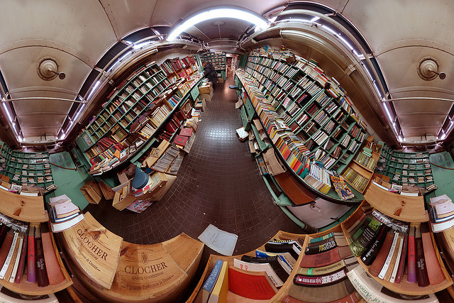 La caverne aux livres by gadl on Flickr.
