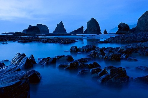 ominousplaces:  More ocean blues, by KPeiper.
