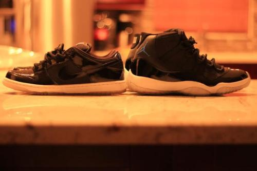 rockyourkicks:  Nike Space Jam SBs vs Jordan Space Jam 11s, Photo Credit: Joey Anzola #rockyourkicks. Who wins this Sneaker Battle?