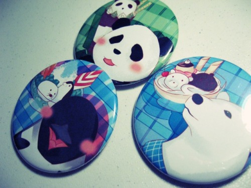 zuttosora:  Shirokuma Cafe Buttons from Anime Revolution :D