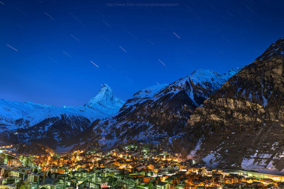 Matterhorn Startrail by Weerakarn on Flickr.