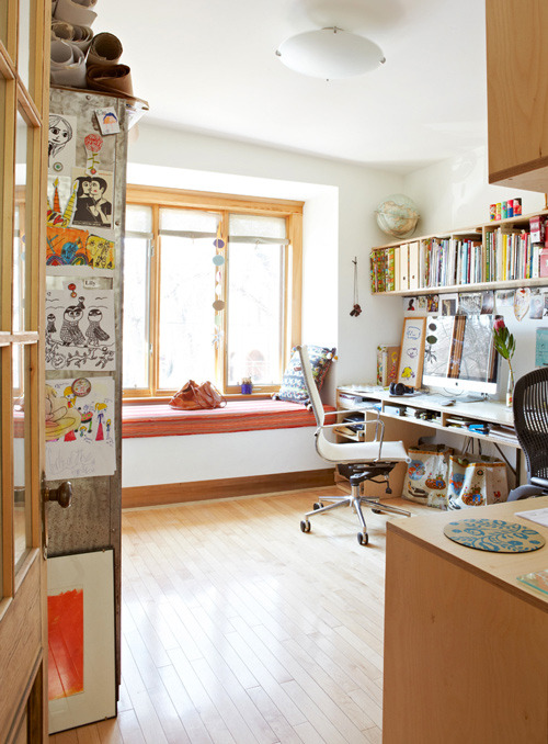 Carolyn Gavin's home office, Toronto | via design*sponge