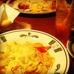 Monday night just because 😊  (Taken with Instagram at Olive Garden)