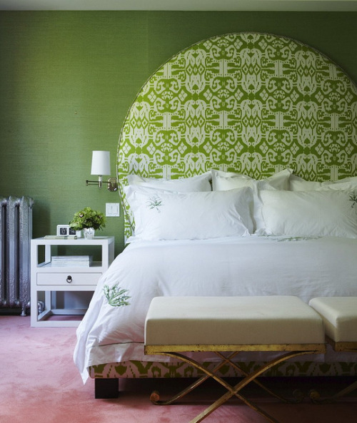 chasingthegreenfaerie:  Green bedroom + ikat headboard by Philip Gorrivan by xJavierx on Flickr.
