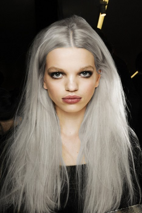 i want to dye my hair grey so badly