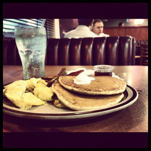 Mmmm, Denny's. ~Drools~ #breakfast #foodporn #tweegram #instagood #photoftheday #instamood #igers #instagramhub #picoftheday #instadaily #bestoftheday #ignation #igdaily #instagramers #webstagram #igaddict #all_shots #love #iphonesia #iphoneonly #jj #beautiful #statigram #follow #followme #photo #instago #life #miami #florida  (Taken with Instagram)