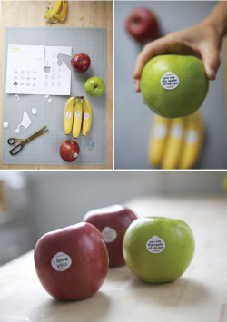 (vía Fruit Stickers for Kids)