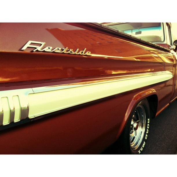 those fleetside lines #livelovedocument  (Taken with Instagram)