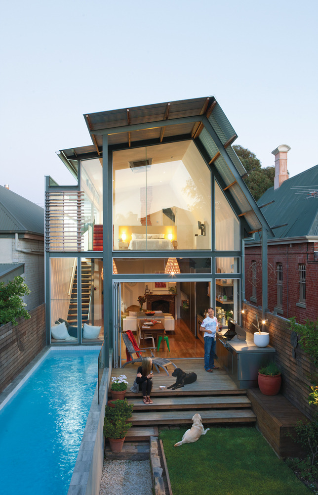 travelingcolors:  A surprisingly modern addition transforms an 1880 bungalow in Adelaide, Australia, into a spacious and sensuous abode. (Photo by James Knowler | via dwell)