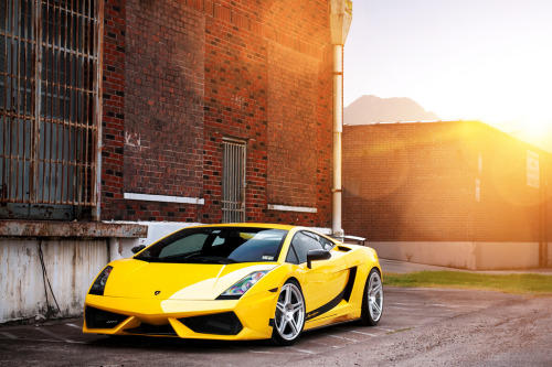 automotivated:  EVS ADV.1 Lambo SL 2 (by GREATONE!)