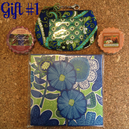 (via Lovely At Your Side: A Vera Bradley & Yankee Candle Back to School Giveaway!)