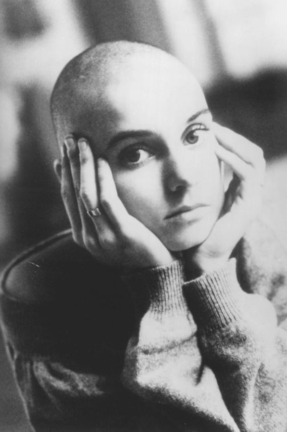 coffee-for-two:  Sinéad O'Connor, 1990