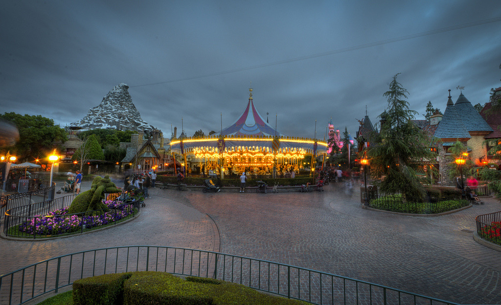 A gloomy day in Fantasyland. (Photo via.)
