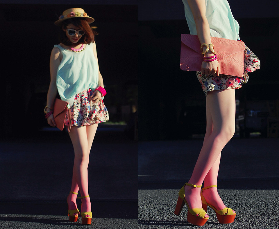 lookbookdotnu:  Different pink tone (by Shan  Shan)