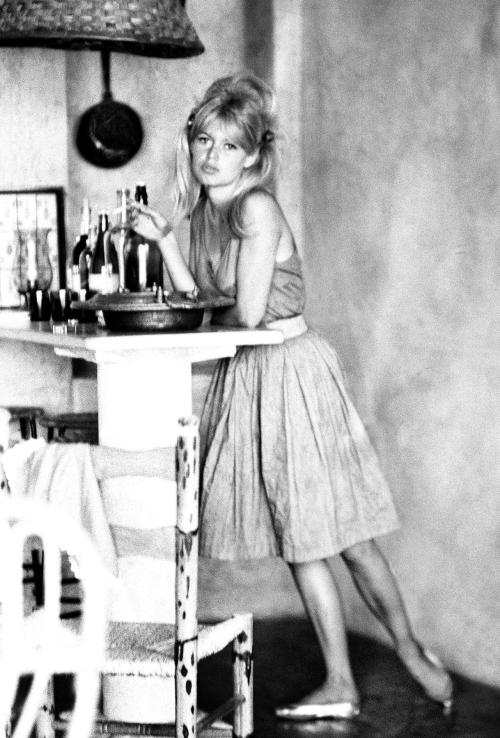 missbrigittebardot:  an adorable Brigitte Bardot on the set of Vie Privee (A Very Private Affair), 1961