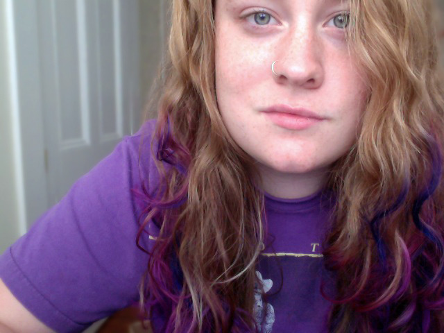 I added some indigo bits to my hair last night. I reallllly like it now. :)